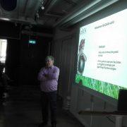 Åke Rosén presenting to Tropikhattarna at Mindpark